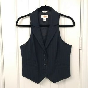 Women's Talbots button up vest